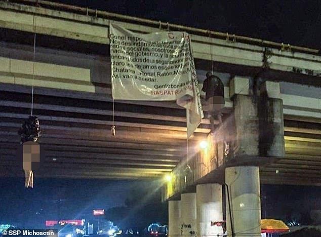 Băng đảng ma túy giết 19 người, treo xác trên cầu vượt - ảnh 2