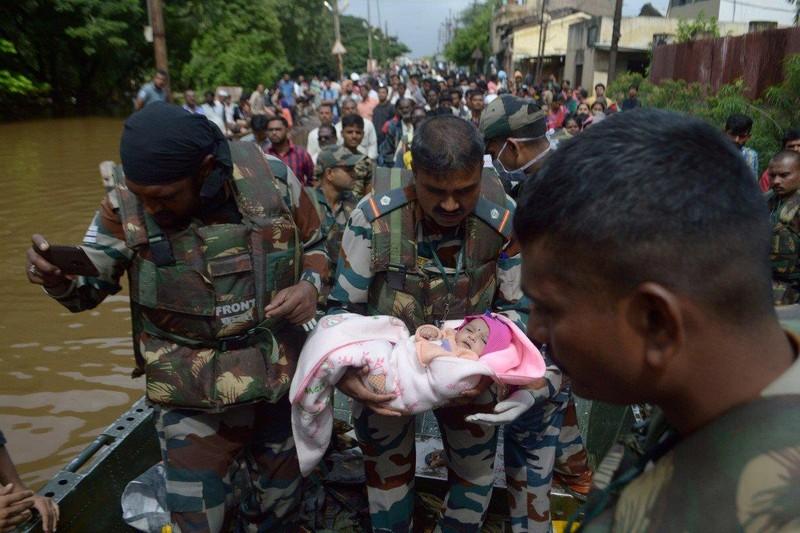 Gần 200 người chết do mưa lớn và sạt lở tại Ấn Độ - ảnh 1
