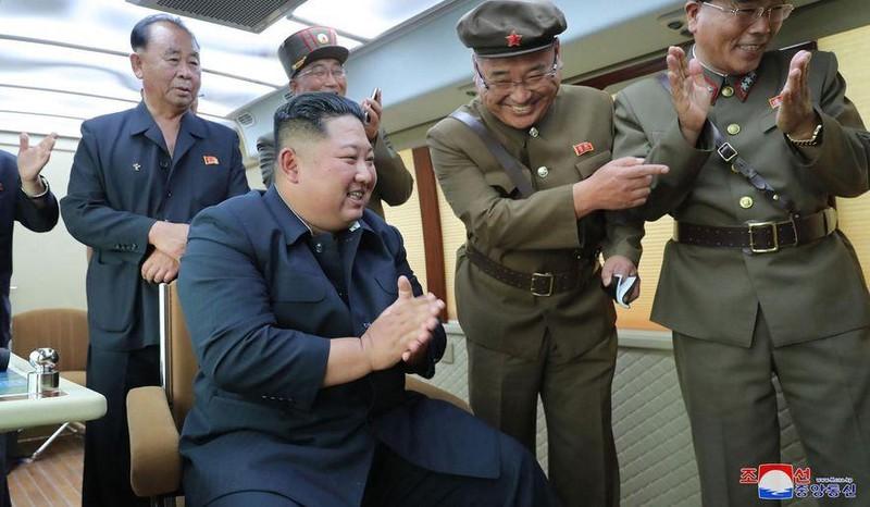Triều Tiên, Trung Quốc cam kết tăng cường giao lưu quân sự - ảnh 1