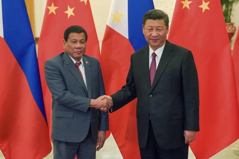 Ông Duterte sẽ bàn gì về biển Đông khi thăm Bắc Kinh? - ảnh 1