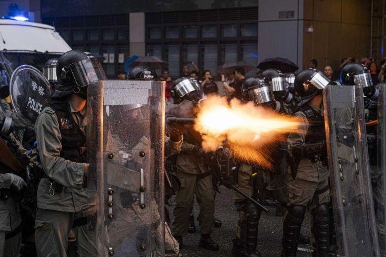 Trung Quốc sẽ điều quân đội can thiệp vào vấn đề Hong Kong? - ảnh 1