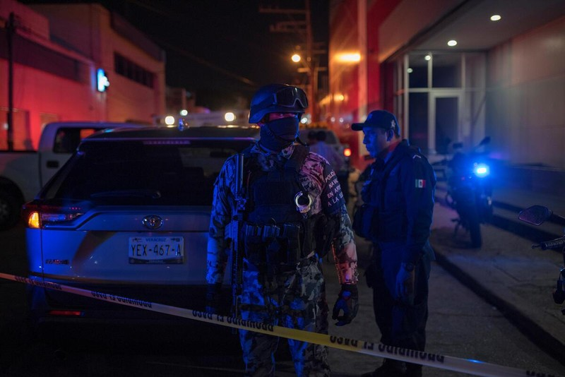 Ném bom xăng vào quán bar, 23 người thiệt mạng  - ảnh 1