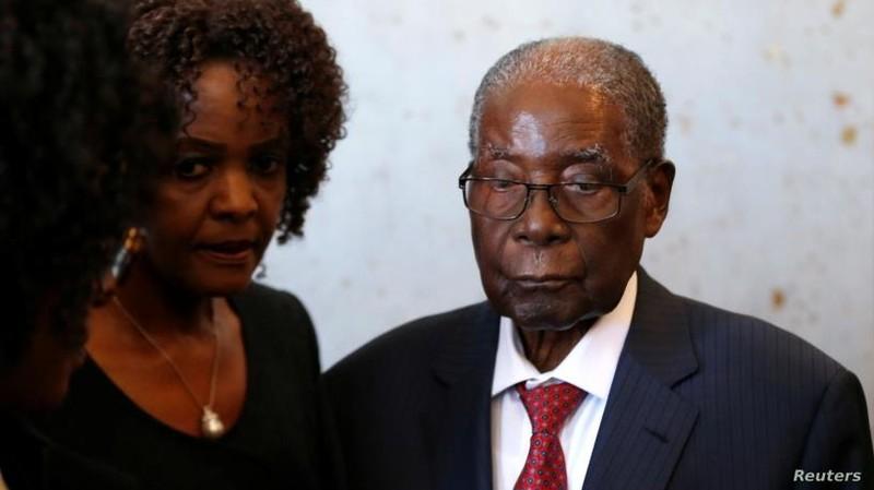 Ông Mugabe, tổng thống quyền lực một thời ở Zimbabwe, qua đời - ảnh 1