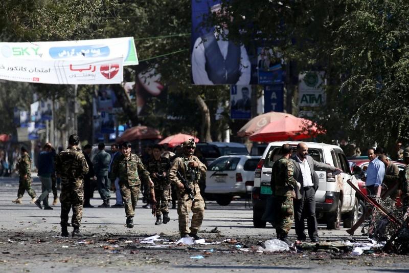 Afghanistan: Taliban đánh bom liên tiếp, ít nhất 48 người chết - ảnh 1