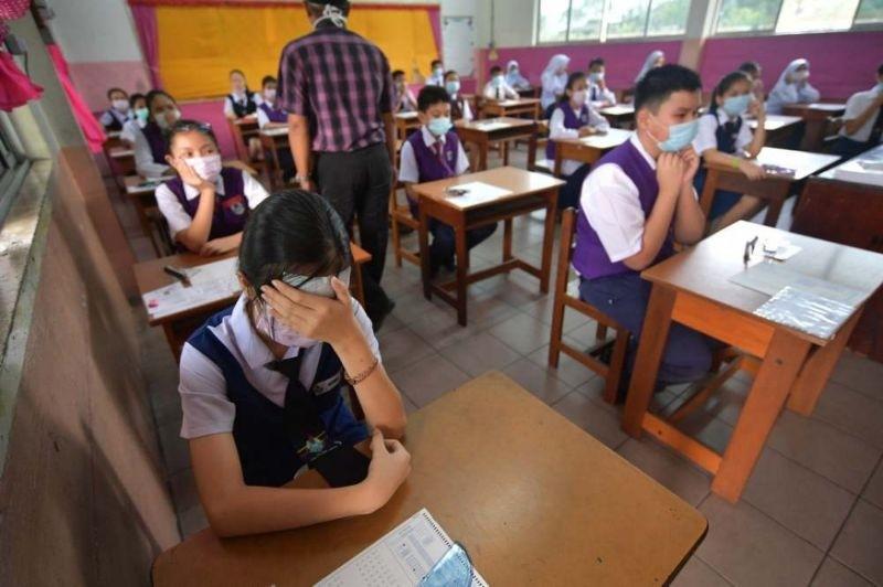 Malaysia phát 2 triệu khẩu trang vì khói từ cháy rừng - ảnh 1