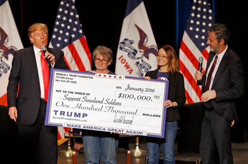 Lạm dụng quỹ từ thiện, ông Trump dính phạt 2 triệu USD - ảnh 2