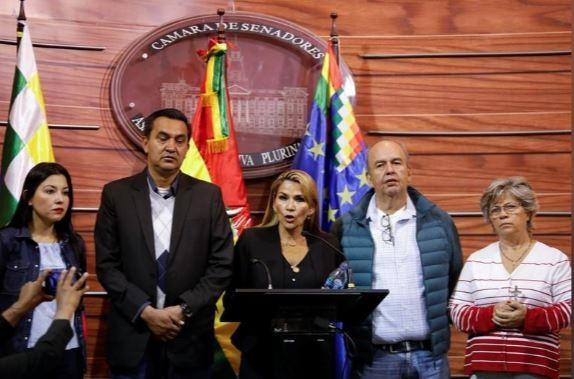 Cựu tổng thống Bolivia đã 'hạ cánh an toàn' tới Mexico - ảnh 2