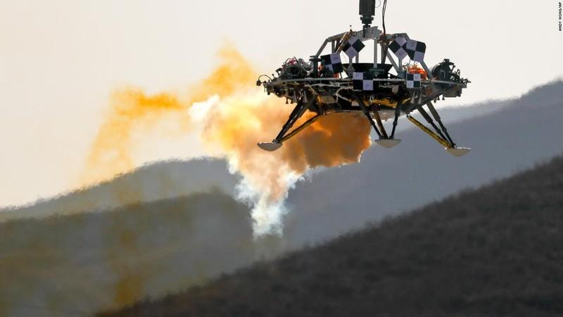Trung Quốc thử nghiệm thành công tàu đổ bộ thám hiểm sao Hỏa - ảnh 2