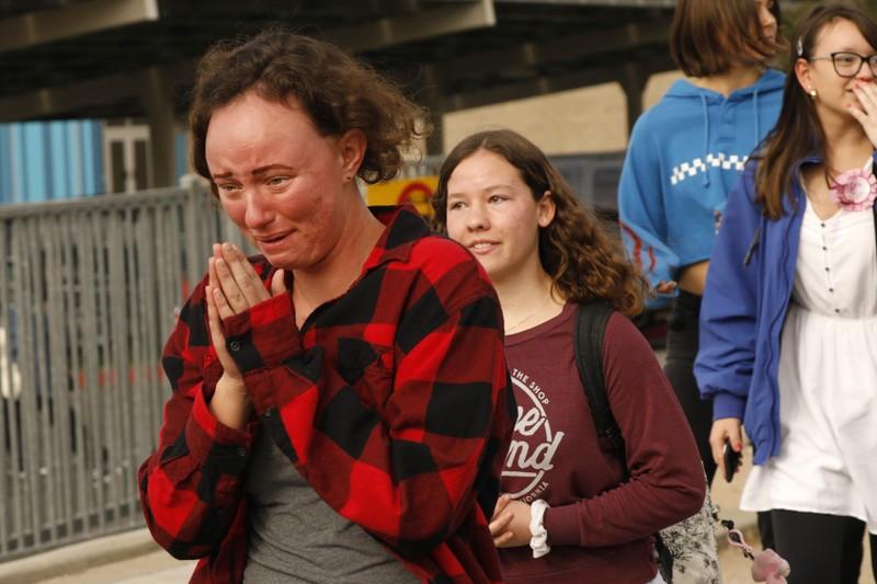 Nam sinh 16 tuổi xả súng, bắn chết hai bạn học ở California - ảnh 4