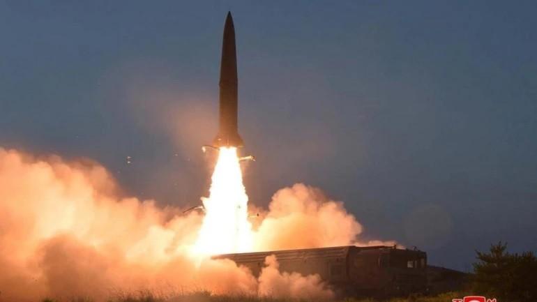 Triều Tiên phóng 2 tên lửa khi đàm phán với Mỹ vẫn bế tắc - ảnh 1