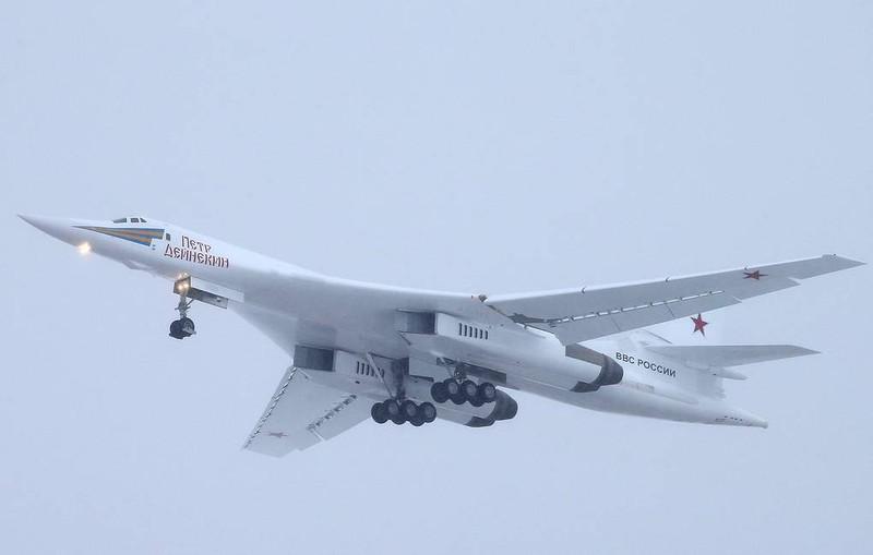 Nga tiến thêm một bước về nâng cấp biến thể 'thiên nga trắng' - ảnh 1