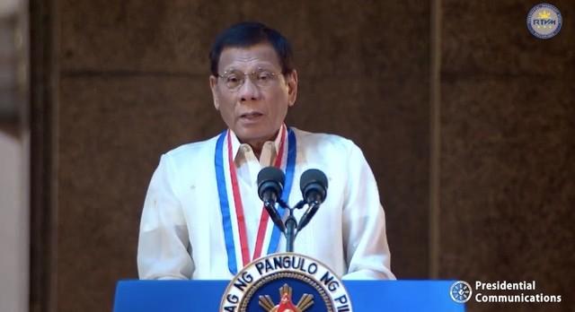 Ông Duterte lệnh quân đội 'tiêu diệt cướp biển đến cùng' - ảnh 1