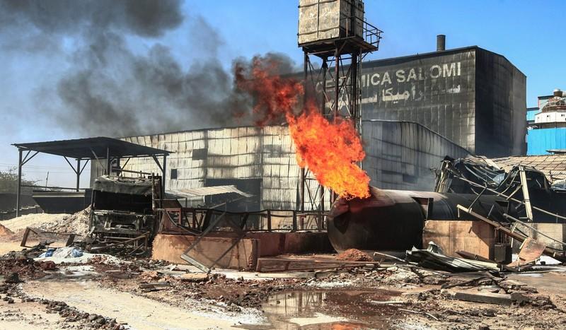 Cháy nhà máy gốm Sudan: Gần 70 người chết và bị thương  - ảnh 3