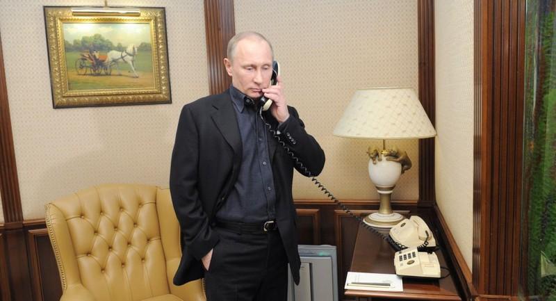Tổng thống Nga - Pháp điện đàm, hợp tác chống khủng bố - ảnh 1