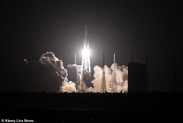 Trung Quốc phóng thành công tên lửa vệ tinh liên lạc tiên tiến - ảnh 3