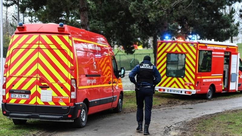 Thủ phạm đâm chết người gần Paris bị cảnh sát bắt giữ  - ảnh 1