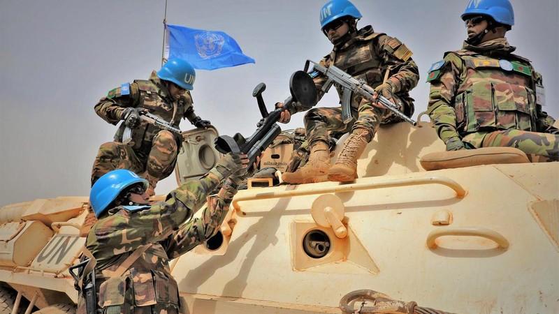Căn cứ LHQ tại Mali trúng tên lửa, 20 người bị thương - ảnh 1
