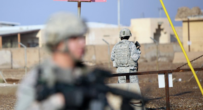 Ít nhất 5 tên lửa Katyusha rơi gần căn cứ có quân Mỹ ở Iraq - ảnh 1