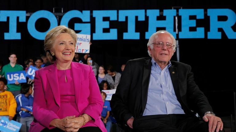 Bà Hillary Clinton: Chẳng ai thích làm việc với ông Sanders cả - ảnh 2
