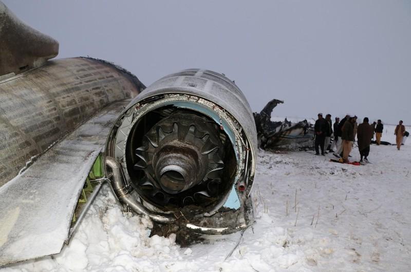 Đấu súng dữ dội tại điểm rơi máy bay Mỹ ở Afghanistan  - ảnh 1