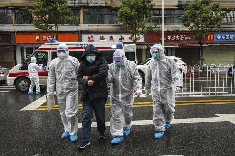Quan chức Vũ Hán hứng chỉ trích vì cách ứng phó với đại dịch - ảnh 1