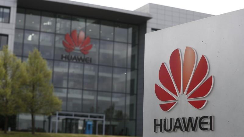 Anh bắt tay Huawei, Mỹ cho thêm một cơ hội xem xét lại - ảnh 1