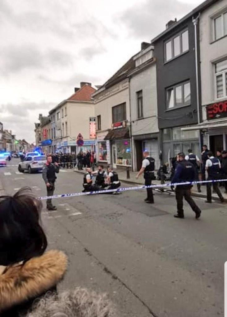 Liên tiếp hai vụ khủng bố bằng dao ở Anh và Bỉ trong vài giờ - ảnh 3
