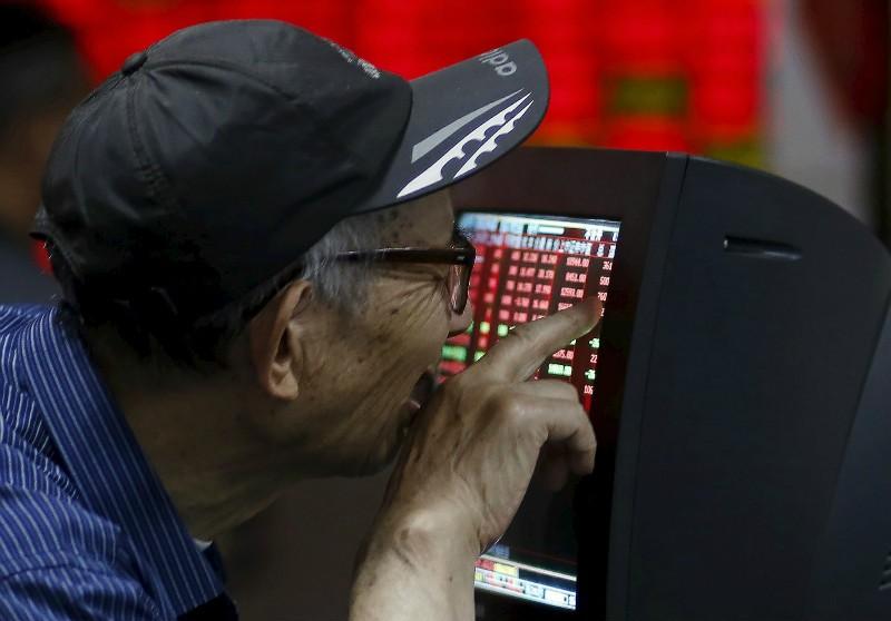 Hôm nay thị trường Trung Quốc 'bốc hơi' 420 tỉ USD - ảnh 1