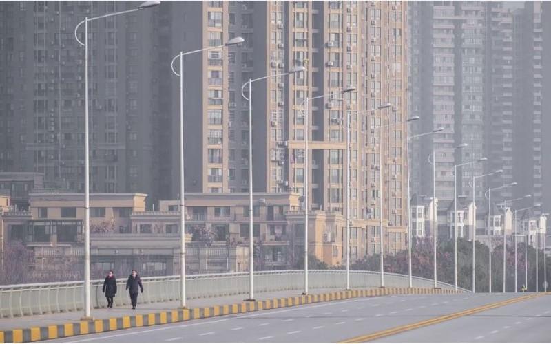 Trung Quốc tiếp tục yêu cầu đóng cửa trường học, nhà máy - ảnh 1