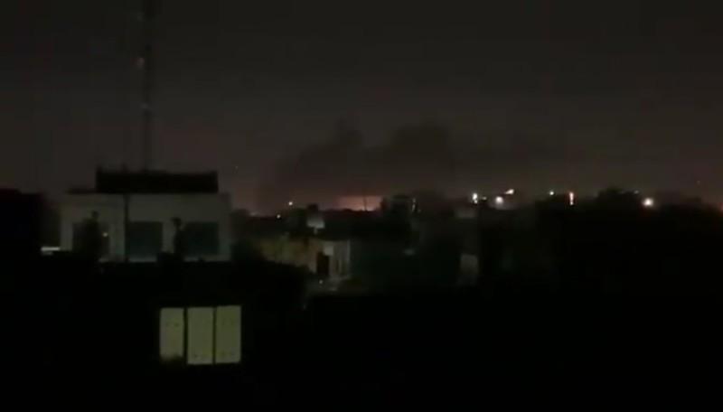 Khu vực gần Đại sứ quán Mỹ ở Iraq bị trúng tên lửa - ảnh 2