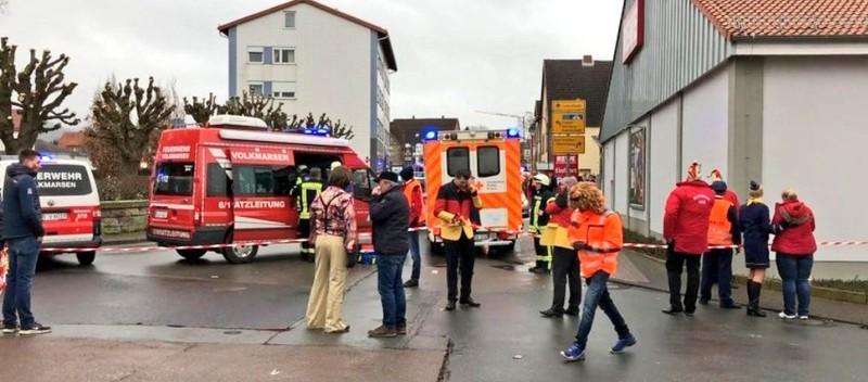 Đức: Tông xe vào trẻ em ở lễ hội, nghi tấn công có chủ đích - ảnh 2