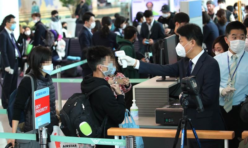 71 nước hạn chế nhập cảnh với người đến từ Hàn Quốc  - ảnh 1