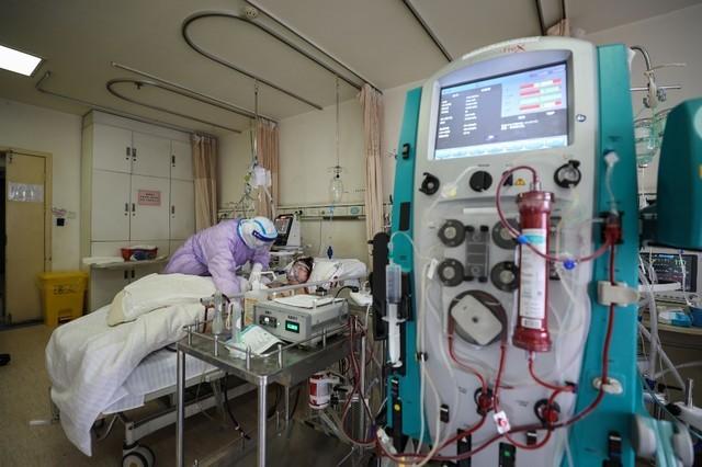 WHO kêu gọi các nước dự trữ máy trợ thở cứu bệnh nhân COVID-19 - ảnh 1