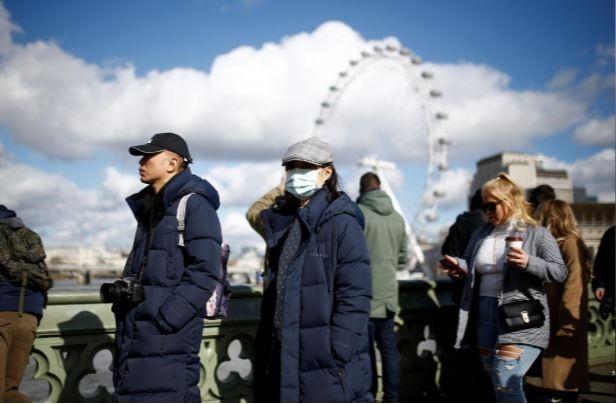 Nước Anh lên phương án đối phó với dịch COVID-19 - ảnh 2