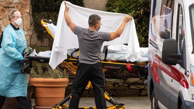 Cập nhật COVID-19 Mỹ: 9 người chết, chính phủ gấp rút ứng phó  - ảnh 1