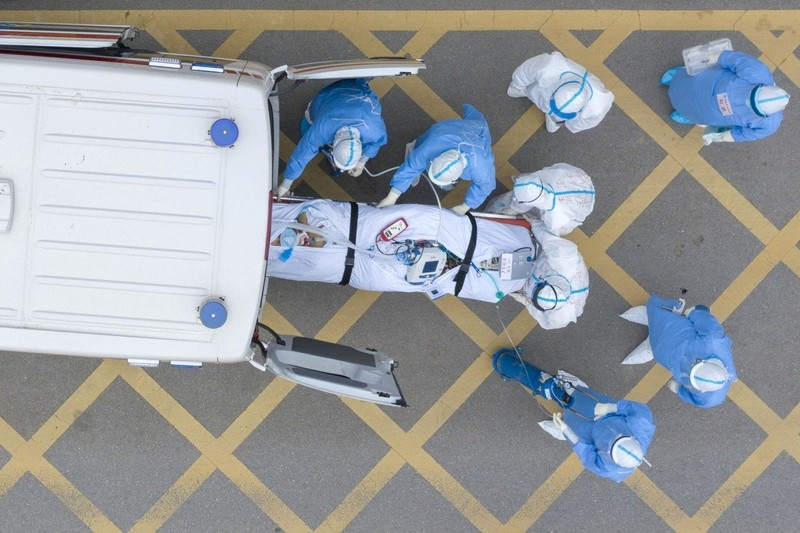 COVID-19 Trung Quốc: Tháng 4 có thể có vaccine dùng khẩn cấp  - ảnh 2