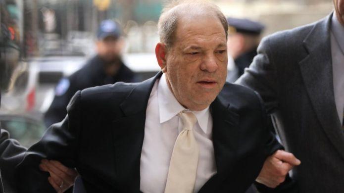 Người thắng giải Oscar bị phạt 23 năm tù vì tấn công tình dục - ảnh 1