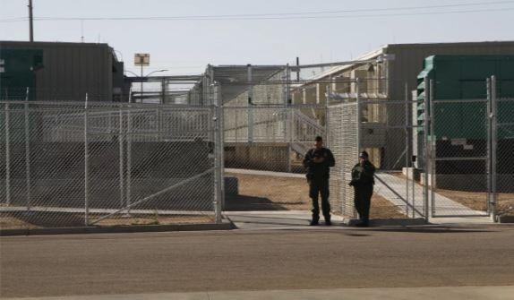 Trèo tường biên giới vào Mỹ, thai phụ té ngã đến tử vong - ảnh 3