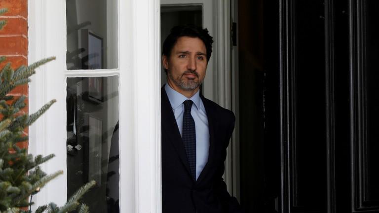 Canada 'đóng cửa' đất nước vì đại dịch COVID-19 - ảnh 1