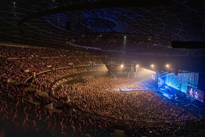 Bất chấp dịch COVID-19, đại nhạc hội vẫn diễn ra ở Anh - ảnh 1