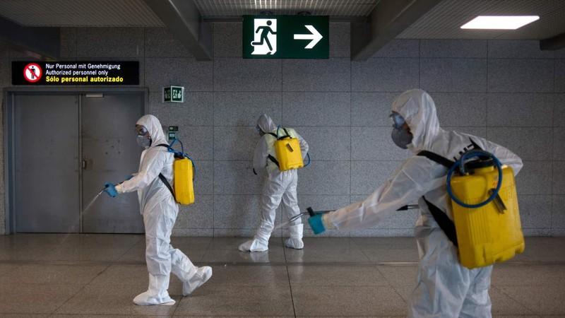 COVID-19 Tây Ban Nha: Y tế bên bờ sụp đổ, kéo dài phong tỏa  - ảnh 1