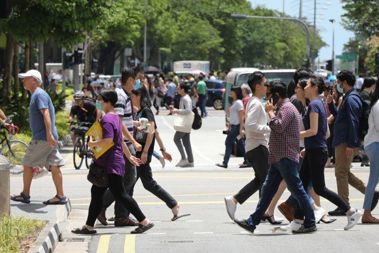 Singapore công bố gói giải cứu 48 tỉ SGD, phát tiền cho dân - ảnh 2