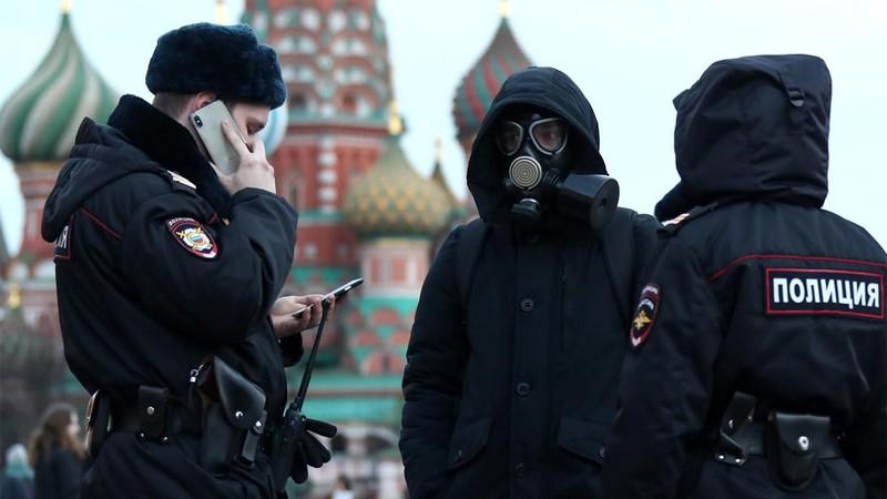 Nga bất ngờ phong tỏa thủ đô Moscow ngăn đà lây lan COVID-19 - ảnh 1