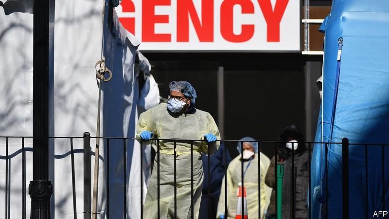 Nhà chức trách y tế Mỹ: COVID-19 có thể giết 200.000 người Mỹ  - ảnh 1
