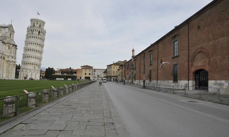 COVID-19 Ý: Nhiễm mới thấp nhất từ đầu dịch, sẽ còn phong tỏa - ảnh 2