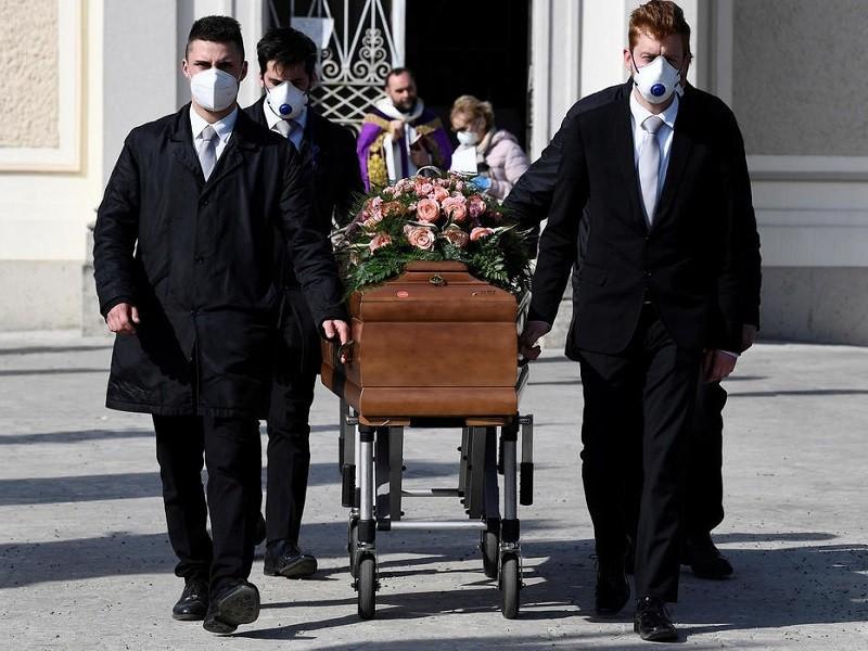 COVID-19 Ý: Số người chết thấp nhất trong 6 ngày - ảnh 1