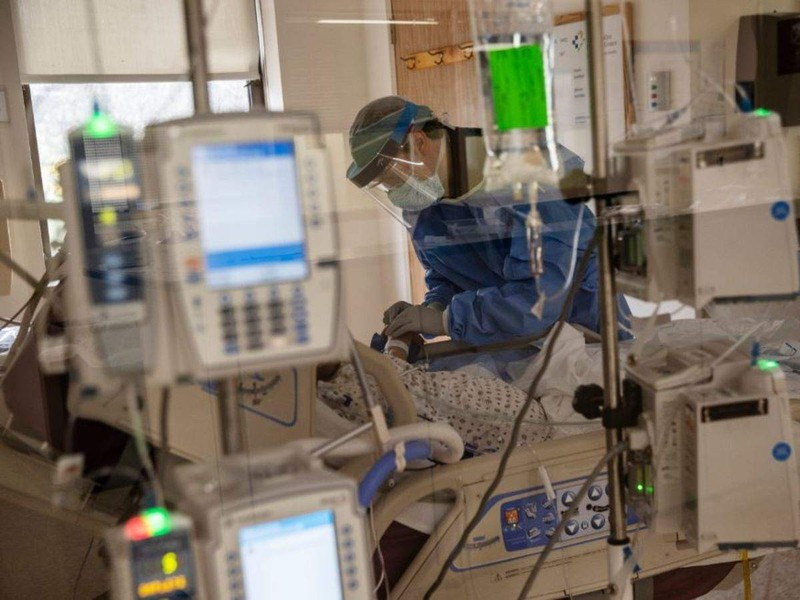 COVID-19: Trung Quốc đưa 1.000 máy trợ thở đến New York  - ảnh 1