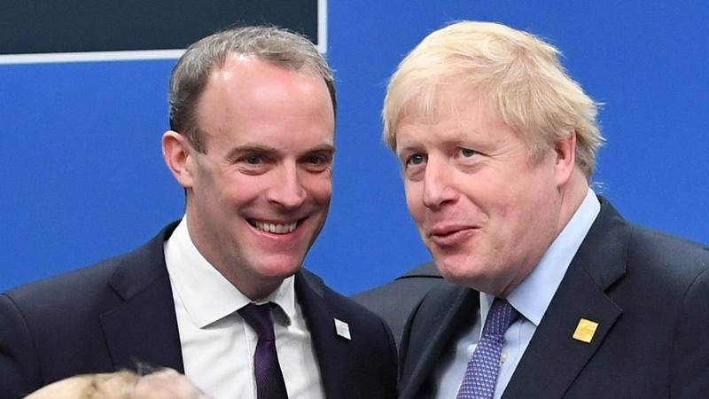 Ai sẽ thay Thủ tướng Johnson lãnh đạo nước Anh chống COVID-19? - ảnh 2