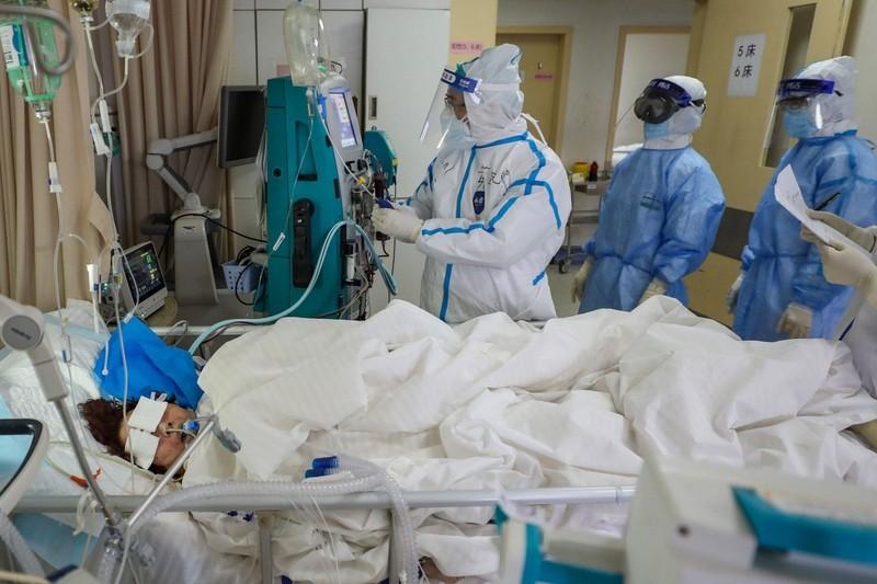 Tại sao ngày càng nhiều người trẻ tử vong vì COVID-19? - ảnh 1