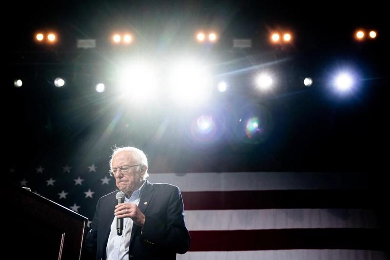 Ông Bernie Sanders rút khỏi cuộc đua Nhà Trắng - ảnh 1